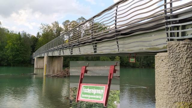 """Fliegenfischen in Bayern - Oberbayern - Bad Tölz - am Isar Stausee. Der Isar Stausee ist gleichermaßen für Gastfischer, Angelurlauber und einheimische Sportfischer eine gute Angelgelegenheit. Angelkarten / Tagesangelkarten gibt es im Angelgeschäft """"Zum Isarfischer"""" in Bad Tölz, zwischen München und Rosenheim!"""